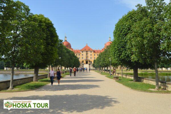 Alej k zámku Moritzburg