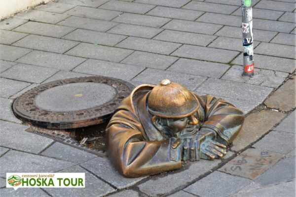 Bratislava – socha Čumila