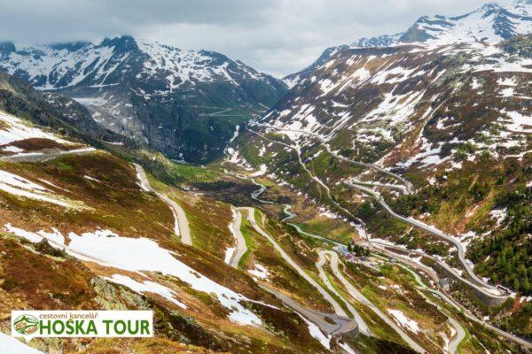 Horská silnice přes sedlo Grimsel Pass – Švýcarsko