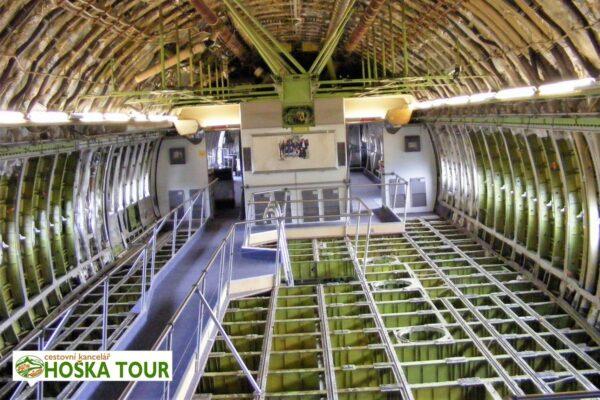 Interiér letadla v muzeu Speyer