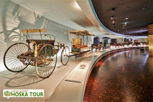 Muzeum Mercedes Benz – Stuttgart