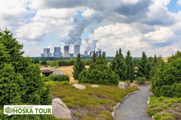 Park bludných balvanů Nochten a elektrárna Boxberg