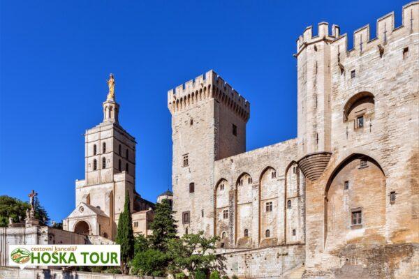 Papežský palác v Avignonu – zájezdy pro školy do Francie