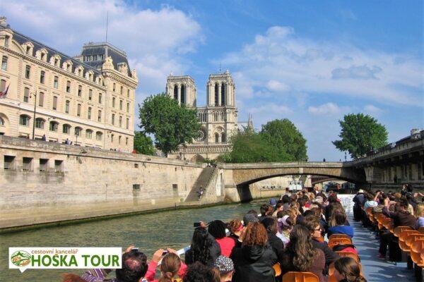 Paříž – projížďka po Seině