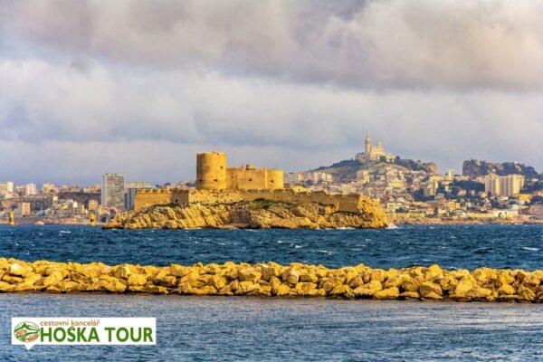 Pevnost na ostrově If u města Marseille – zájezdy pro školy do Francie