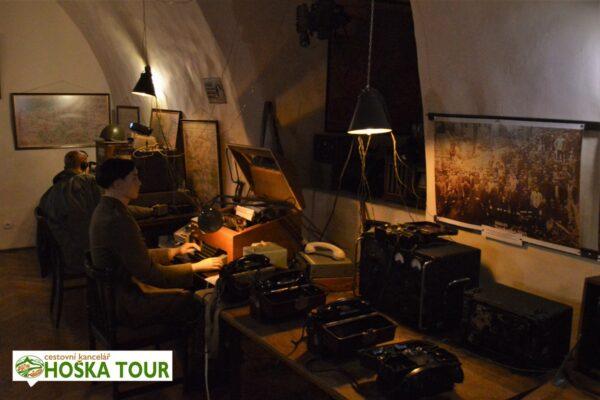Prohlídka zámku Czocha – nacistická radiostanice
