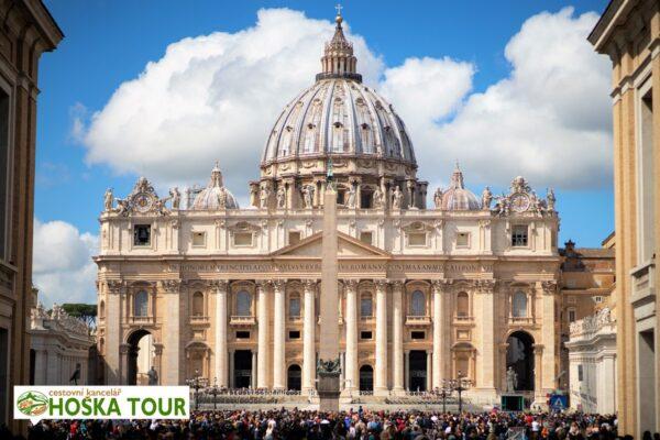 Vatikán – bazilika sv. Petra