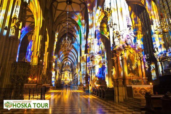 Vídeň – interiér katedrály svatého Štěpána